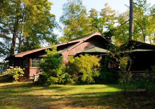 Northbrook Lodge Osgood Pond Exterior