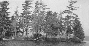 Earliest known photo of the cabin.  Date unknown.  Courtesy of Jim Kammer from Carlin Boat Livery Collection.
