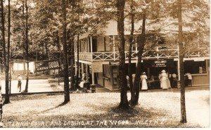 Wood Hotel Casino 1913071