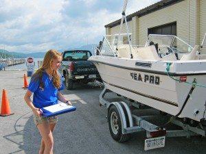 inspectingboatMonikaLaplanteLakeGeoAssoc3005