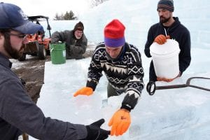 Volunteers Building the 2016 Ice Palace