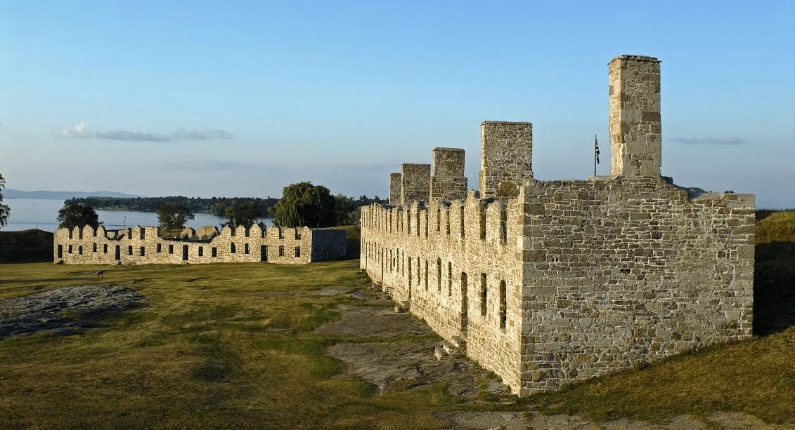 crown point barracks