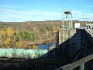 The dam at Rainbow Falls, 2014