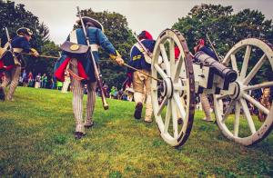 Mt Defiance cannon demonstration