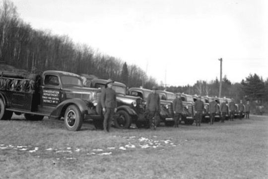 Rangers next to their Engines in 1934