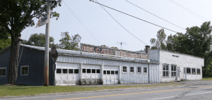 Whitcombs Garage in Whallonsburg