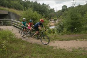 ididaride short ride participants by Chuck Helfer